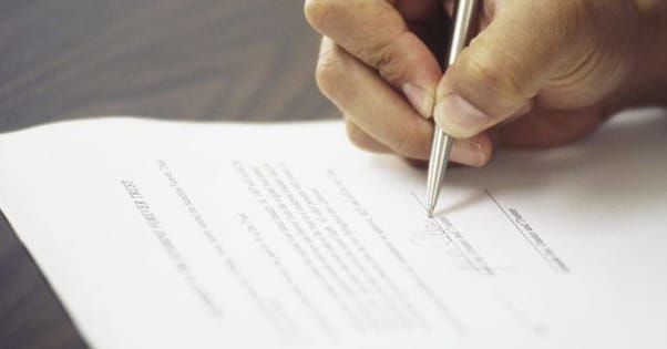 Contract Example Blogging